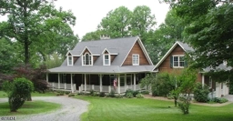 Частный односемейный дом для того Продажа на 100 Woolf Road Milford, 08848 Соединенные Штаты