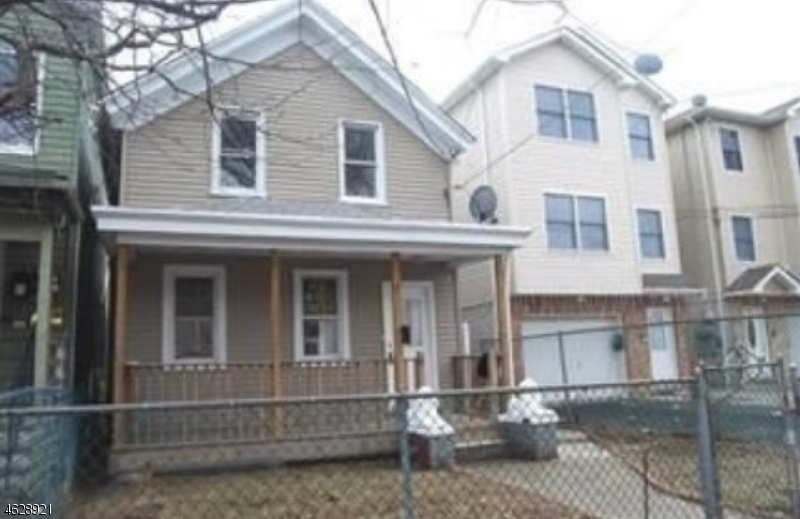 Additional photo for property listing at 359 Highland Avenue  Passaic, 新泽西州 07055 美国