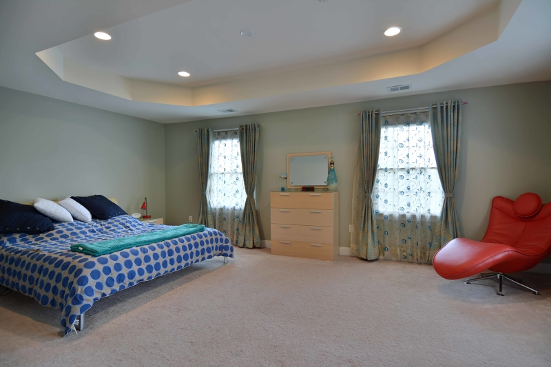 Additional photo for property listing at 16 Schindler Court  Saddle River, Нью-Джерси 07458 Соединенные Штаты