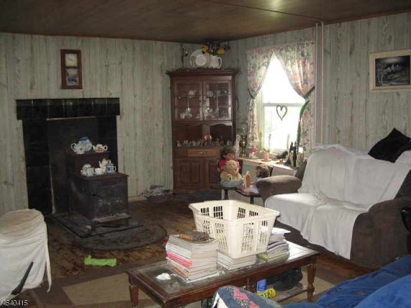 Additional photo for property listing at 2588 Belvidere Road  Phillipsburg, New Jersey 08865 États-Unis