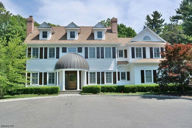 独户住宅 为 销售 在 111 E ALLENDALE Road Mars Hill, 缅因州 04758 美国