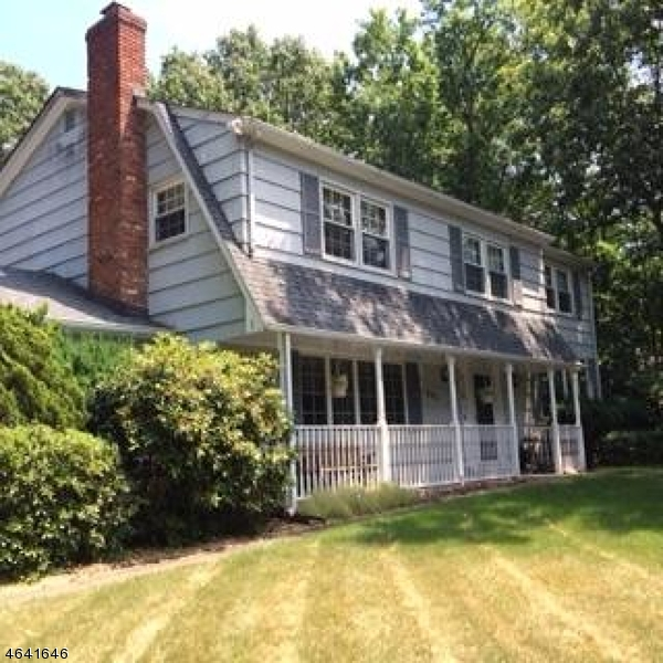 Single Family Home for Rent at 883 Woodfield Road Franklin Lakes, 07417 United States