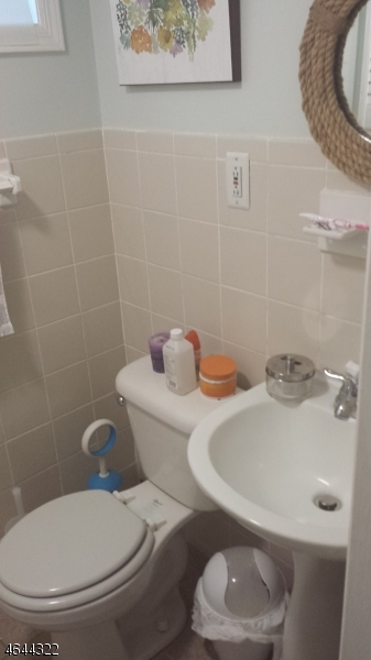 Additional photo for property listing at 329-331 N 12TH Street  Newark, New Jersey 07107 États-Unis