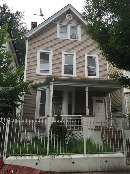 Additional photo for property listing at 170 N 5th Street  Newark, New Jersey 07107 États-Unis