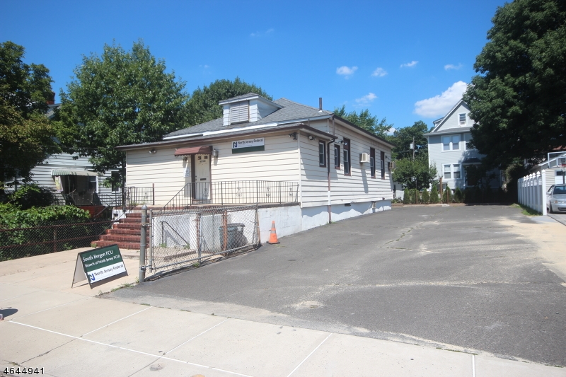 Additional photo for property listing at 65 Morris Avenue  Garfield, New Jersey 07026 États-Unis