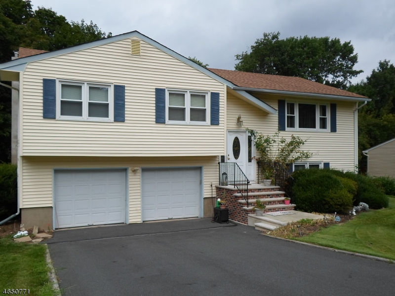 Single Family Home for Sale at 59 Hilltop Drive Randolph, New Jersey 07869 United States
