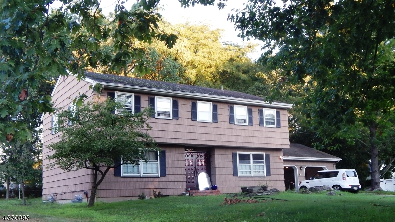 Additional photo for property listing at 6 Robert Street  Parsippany, New Jersey 07054 États-Unis