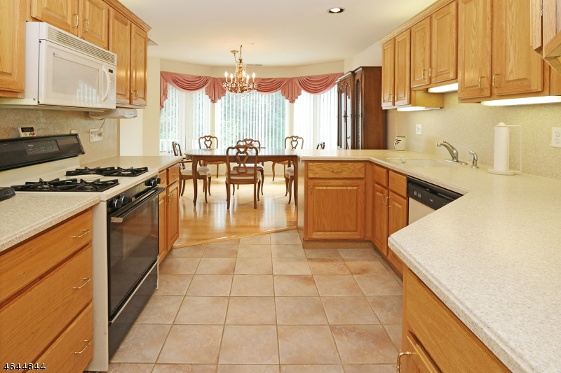 Additional photo for property listing at 99 Turnberry Rd, UNIT 7A  Little Falls, Nueva Jersey 07424 Estados Unidos