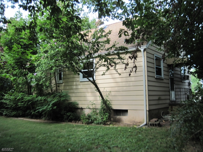 Additional photo for property listing at 188 Summit Avenue  Hackensack, Нью-Джерси 07601 Соединенные Штаты