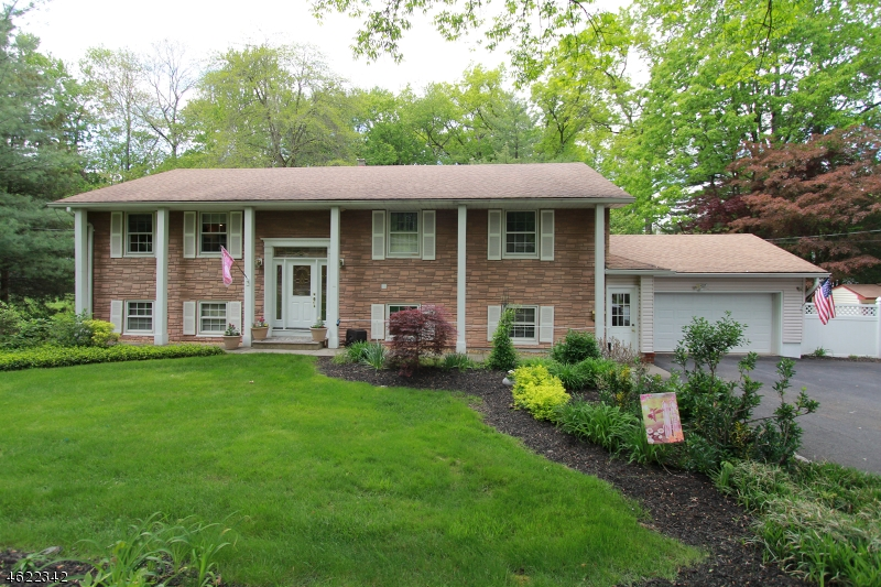 Single Family Home for Sale at 160 Littleton Road Morris Plains, 07950 United States