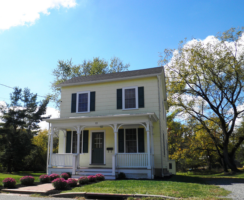 独户住宅 为 出租 在 12 Hancock Street 克林顿, 08809 美国