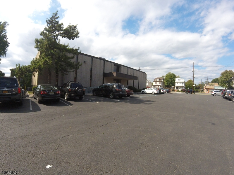 Additional photo for property listing at 236 E Westfield Avenue  Roselle Park, 新泽西州 07204 美国