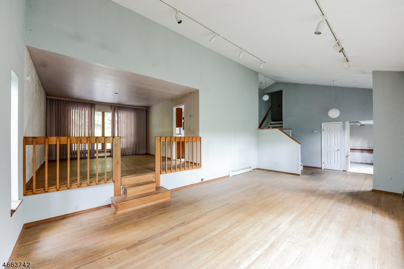 Additional photo for property listing at 70 Hissim Road  Great Meadows, New Jersey 07838 États-Unis