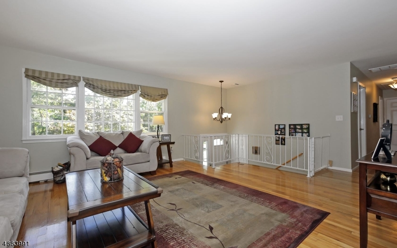 Additional photo for property listing at 15 Old Forge Road  Chester, New Jersey 07930 États-Unis