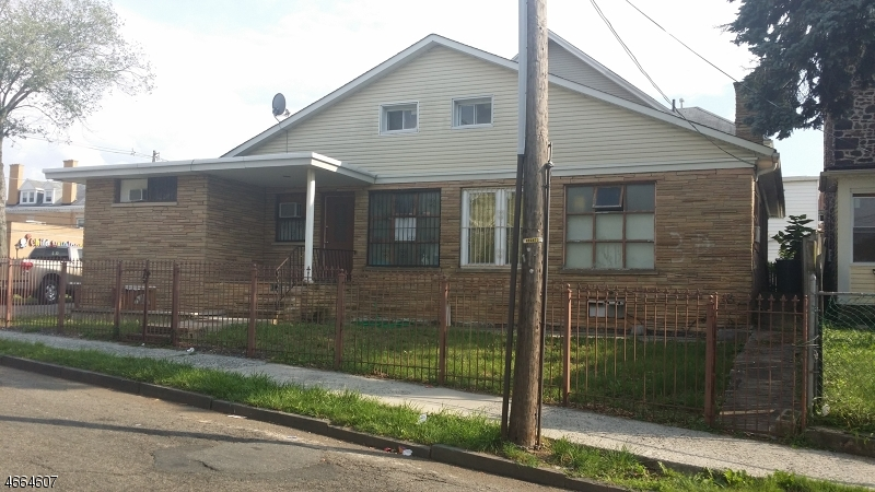 Additional photo for property listing at 352-354 ROSEVILLE Avenue  Newark, Nueva Jersey 07107 Estados Unidos