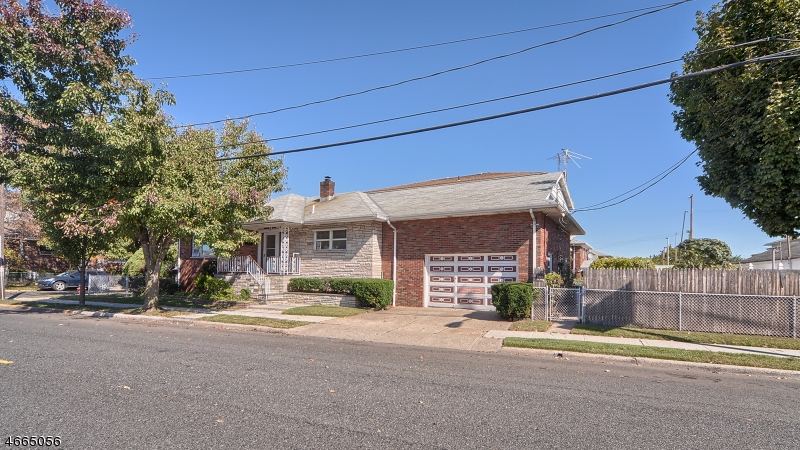 Additional photo for property listing at 338 Redcliffe Street  Elizabeth, New Jersey 07206 États-Unis