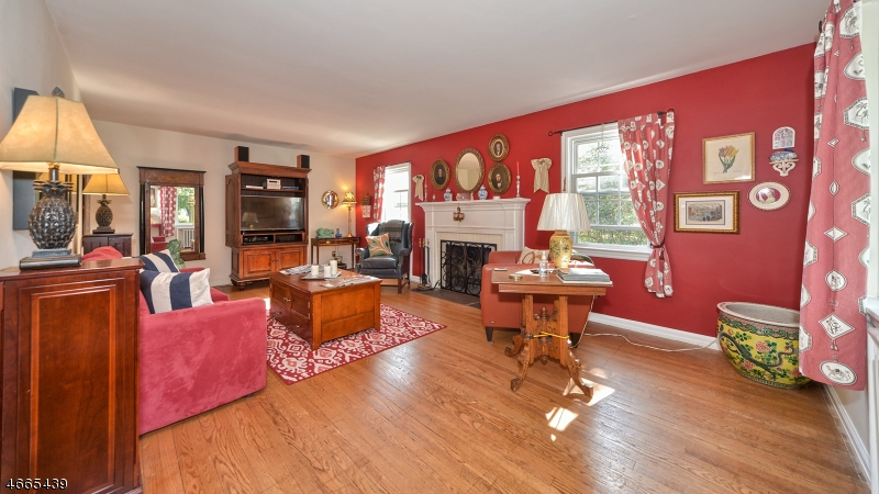 Additional photo for property listing at 306 Boulevard  Pompton Plains, New Jersey 07444 États-Unis