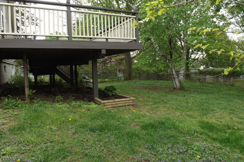 Additional photo for property listing at 33A UNION Road  Clinton, Nueva Jersey 08809 Estados Unidos