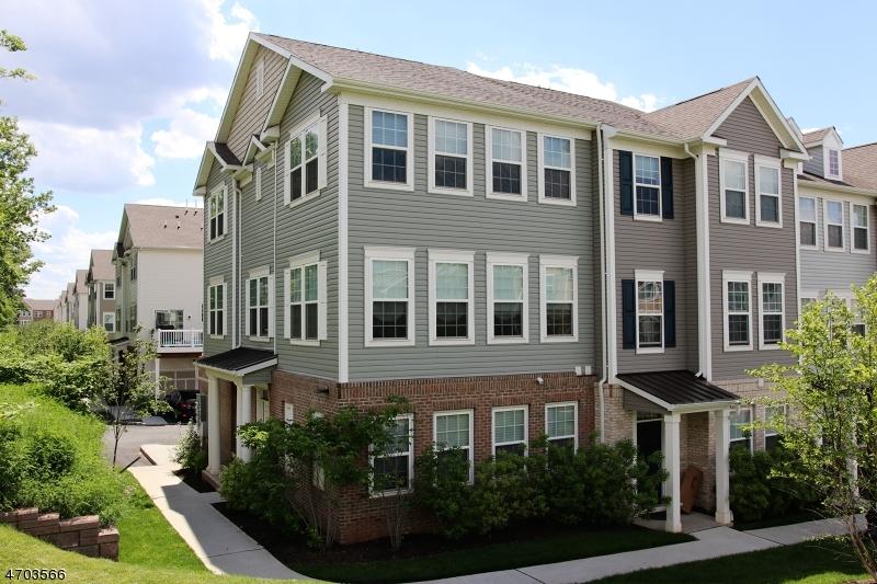 独户住宅 为 销售 在 13 Truman Drive Wood Ridge, 新泽西州 07075 美国
