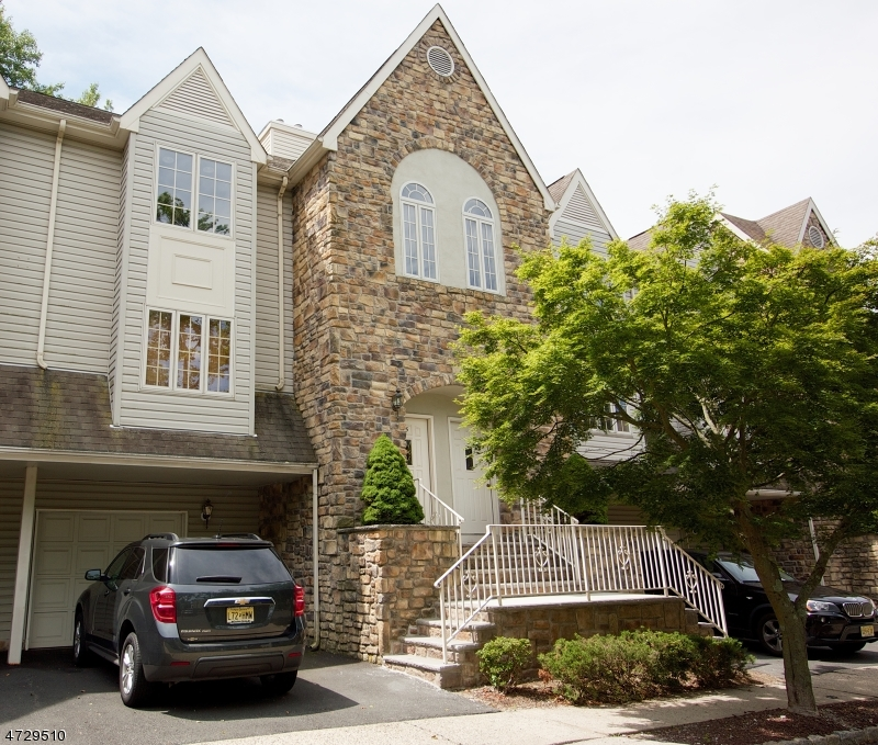 Single Family Home for Rent at 5 Starling Way Berkeley Heights, New Jersey 07922 United States