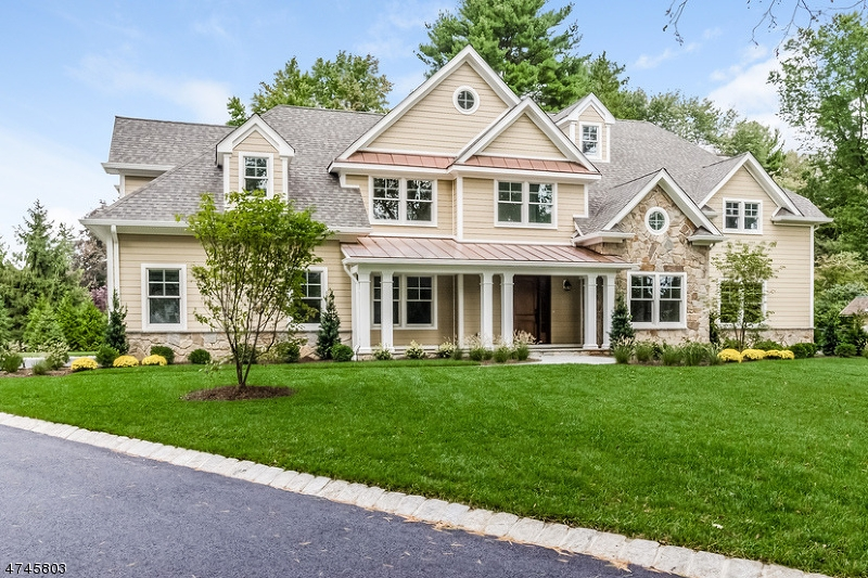 واحد منزل الأسرة للـ Sale في 1 Linden Lane 1 Linden Lane Chatham Twp, New Jersey 07928 United States