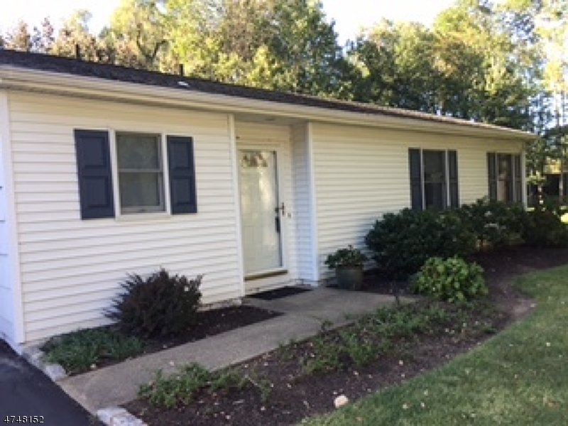 Casa Unifamiliar por un Alquiler en 288 Brooklake Road Florham Park, Nueva Jersey 07932 Estados Unidos