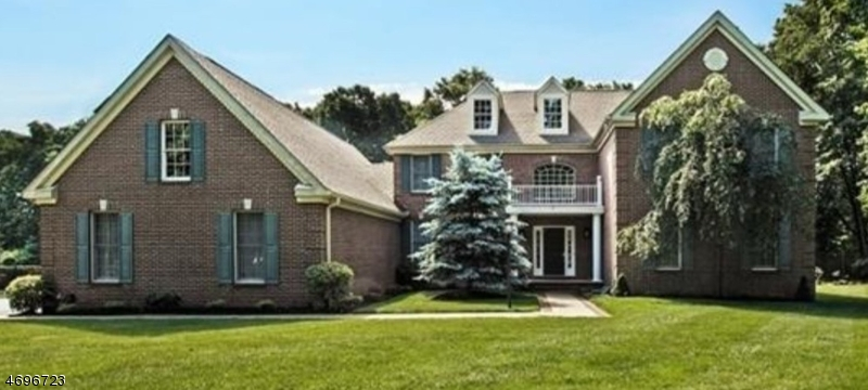 Single Family Home for Sale at 18 Rice Lane Washington, New Jersey 07853 United States