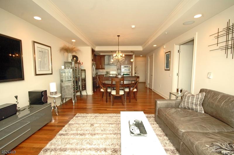 Maison unifamiliale pour l Vente à 40 W Park Pl, unit 508 Morristown, New Jersey 07960 États-Unis