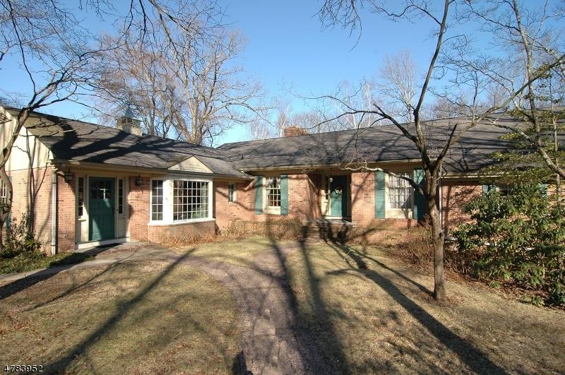 Casa Unifamiliar por un Venta en 35 Musconetcong Avenue Stanhope, Nueva Jersey 07874 Estados Unidos