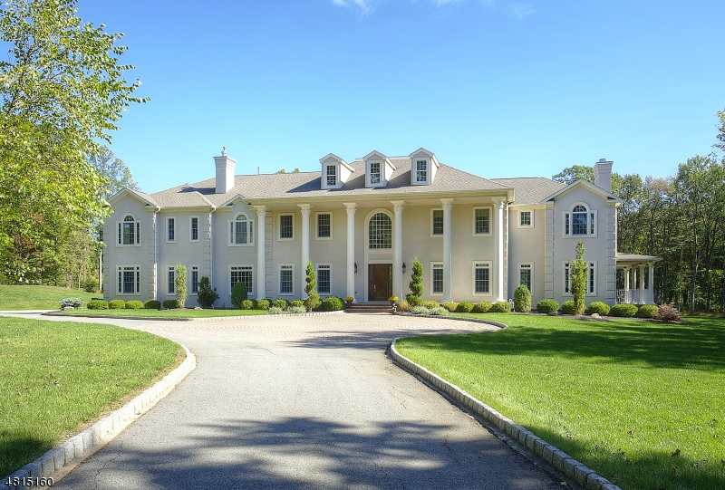 Maison unifamiliale pour l Vente à 3 CRAMER Lane Mendham, New Jersey 07945 États-Unis