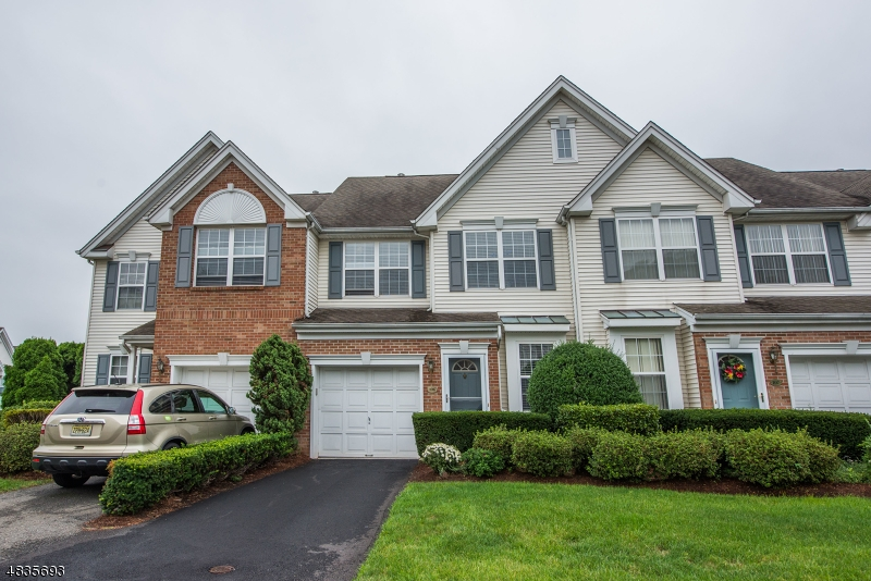 公寓 / 联排别墅 为 出租 在 106 BARCLAY Drive 纳特利, 新泽西州 07110 美国