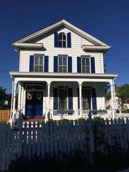 Maison unifamiliale pour l Vente à 324 Washington Street Hackettstown, New Jersey 07840 États-Unis