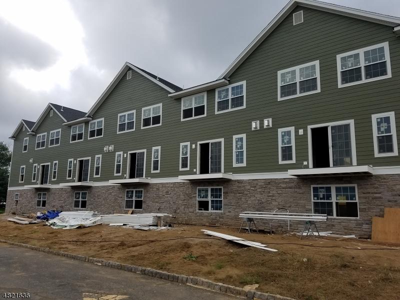 Condominio/ Casa de pueblo por un Venta en 5 Chaz Way Fairfield, Nueva Jersey 07004 Estados Unidos