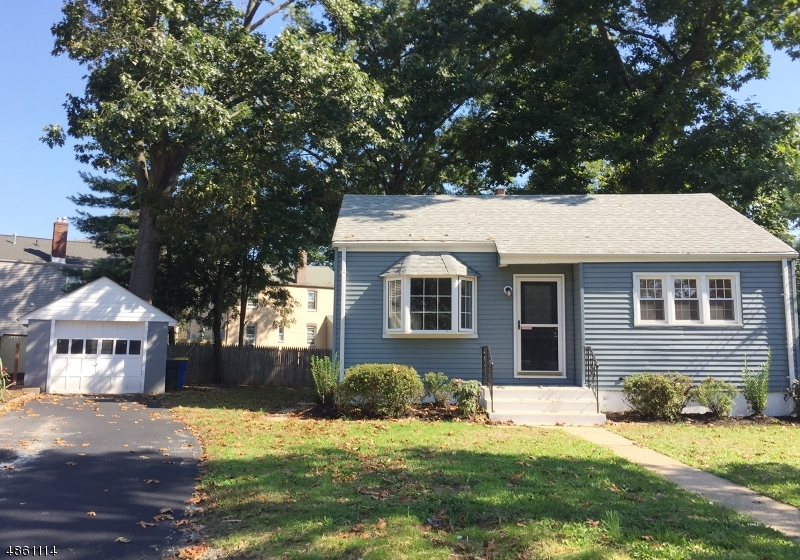 Single Family Home for Sale at 12 SOMERS Place South Bound Brook, New Jersey 08880 United States