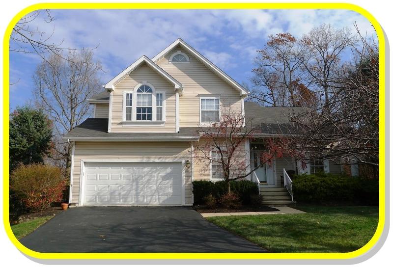 Частный односемейный дом для того Аренда на 80 HARTLEY LANE Bernards Township, Нью-Джерси 07920 Соединенные Штаты