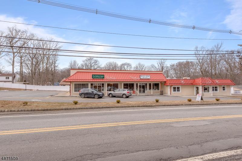 商用 为 销售 在 217 Espanong Road Jefferson Township, 新泽西州 07849 美国