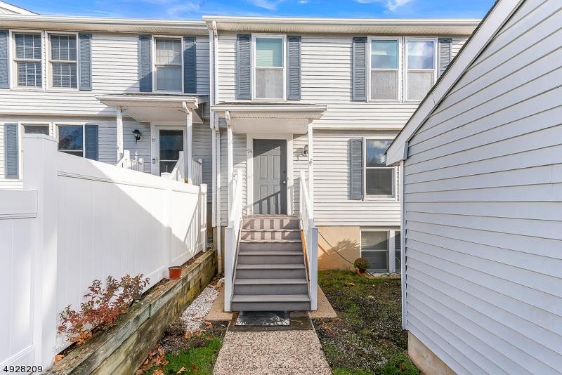 Condominio/ Casa de pueblo por un Venta en Mine Hill, Nueva Jersey 07803 Estados Unidos
