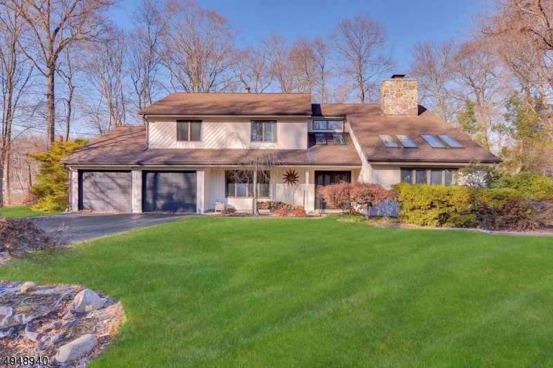 Single Family Homes للـ Sale في Ramsey, New Jersey 07446 United States