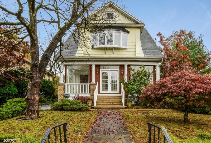 Single Family Homes för Försäljning vid Closter, New Jersey 07624 Förenta staterna