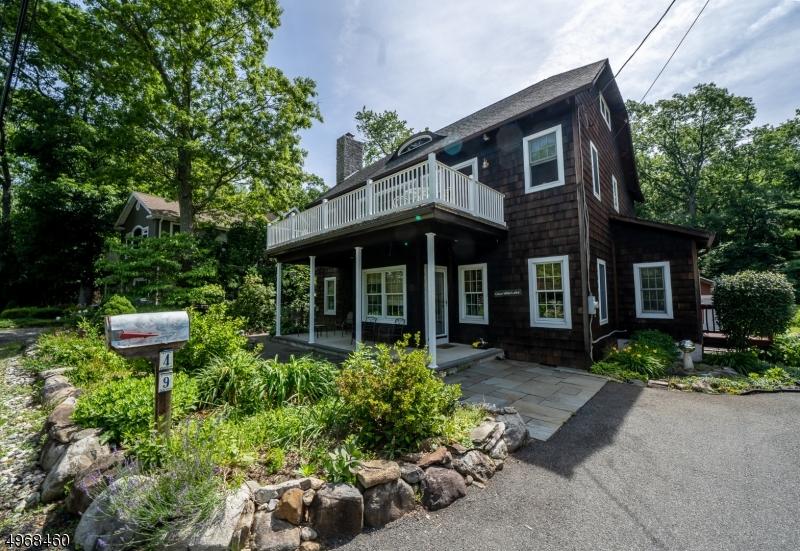 Single Family Homes por un Venta en Bloomingdale, Nueva Jersey 07403 Estados Unidos