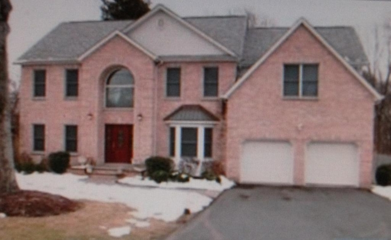 Частный односемейный дом для того Продажа на 579 Westwood Avenue Westwood, 07675 Соединенные Штаты