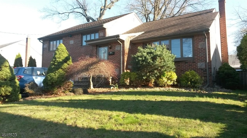Additional photo for property listing at 484 Henley Avenue  New Milford, New Jersey 07646 United States
