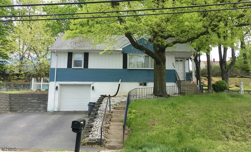 Additional photo for property listing at 205 Mount Pleasant Avenue  Woodland Park, Nueva Jersey 07424 Estados Unidos