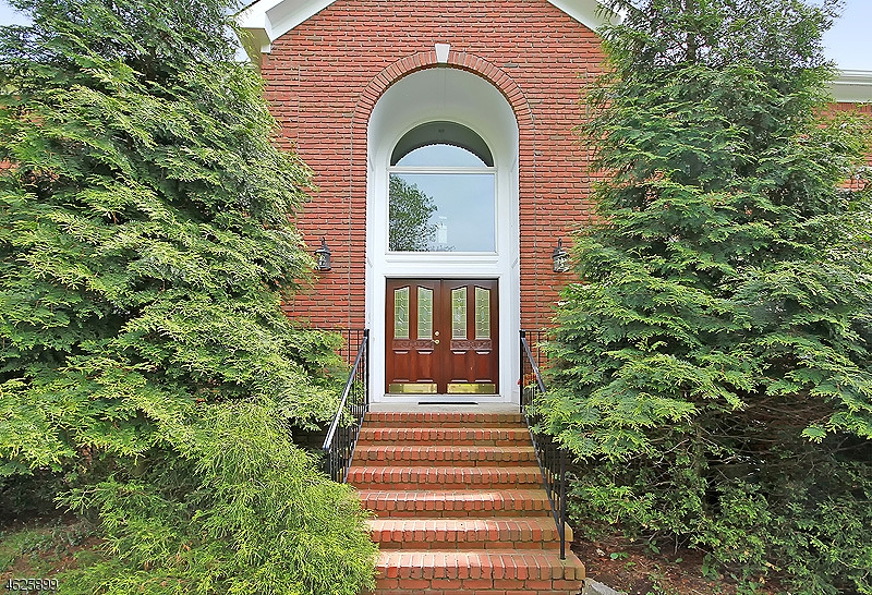 Additional photo for property listing at 56 Stone Gate  Bridgewater, New Jersey 08807 États-Unis