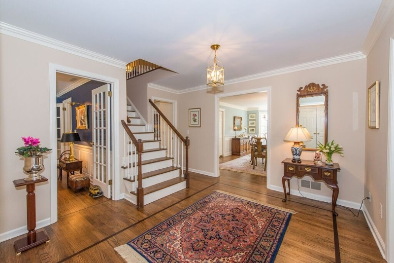 Additional photo for property listing at 22 Oak Knoll Road  Mendham, New Jersey 07945 United States