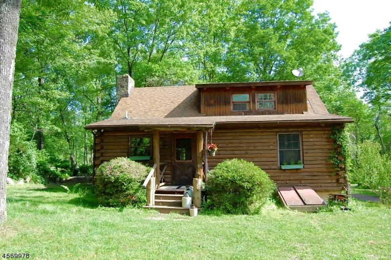 Maison unifamiliale pour l Vente à 17 Cokesbury Califon Road Lebanon, New Jersey 08833 États-Unis
