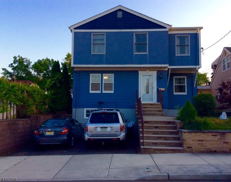 Maison unifamiliale pour l Vente à 484 Roosevelt Avenue Lyndhurst, New Jersey 07071 États-Unis