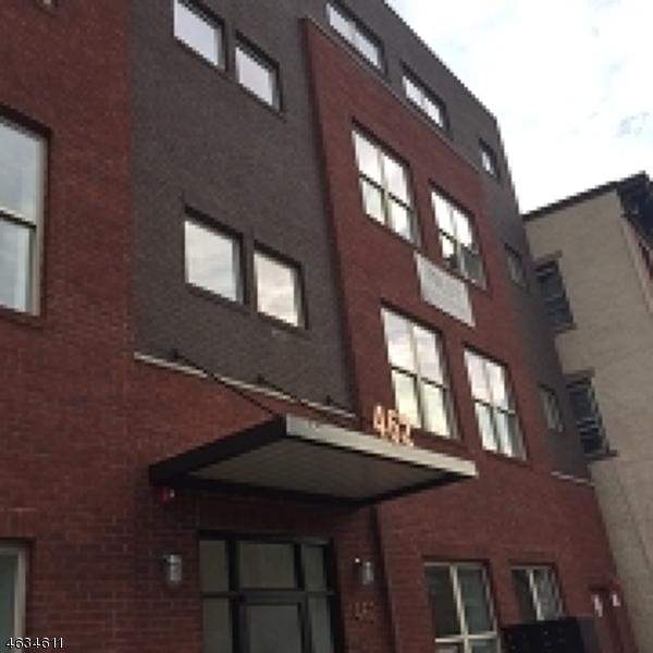 Частный односемейный дом для того Продажа на 462-466 WASHINGTON Street Newark, Нью-Джерси 07102 Соединенные Штаты