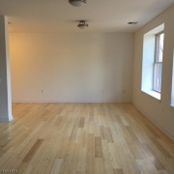 Additional photo for property listing at 462-466 WASHINGTON Street  Newark, Нью-Джерси 07102 Соединенные Штаты