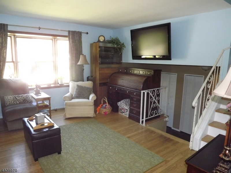 Additional photo for property listing at 10 Michigan Avenue  Wharton, New Jersey 07885 États-Unis